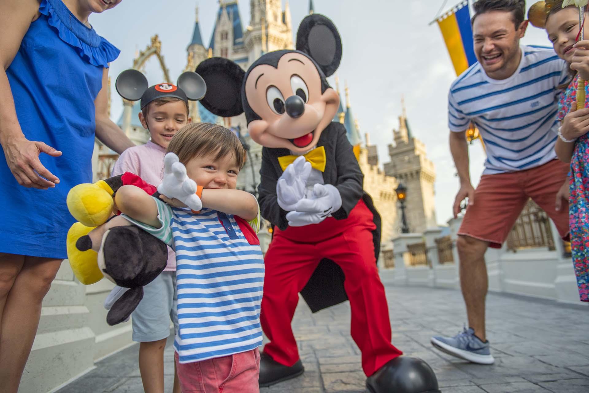 Mickey e Convidados 1