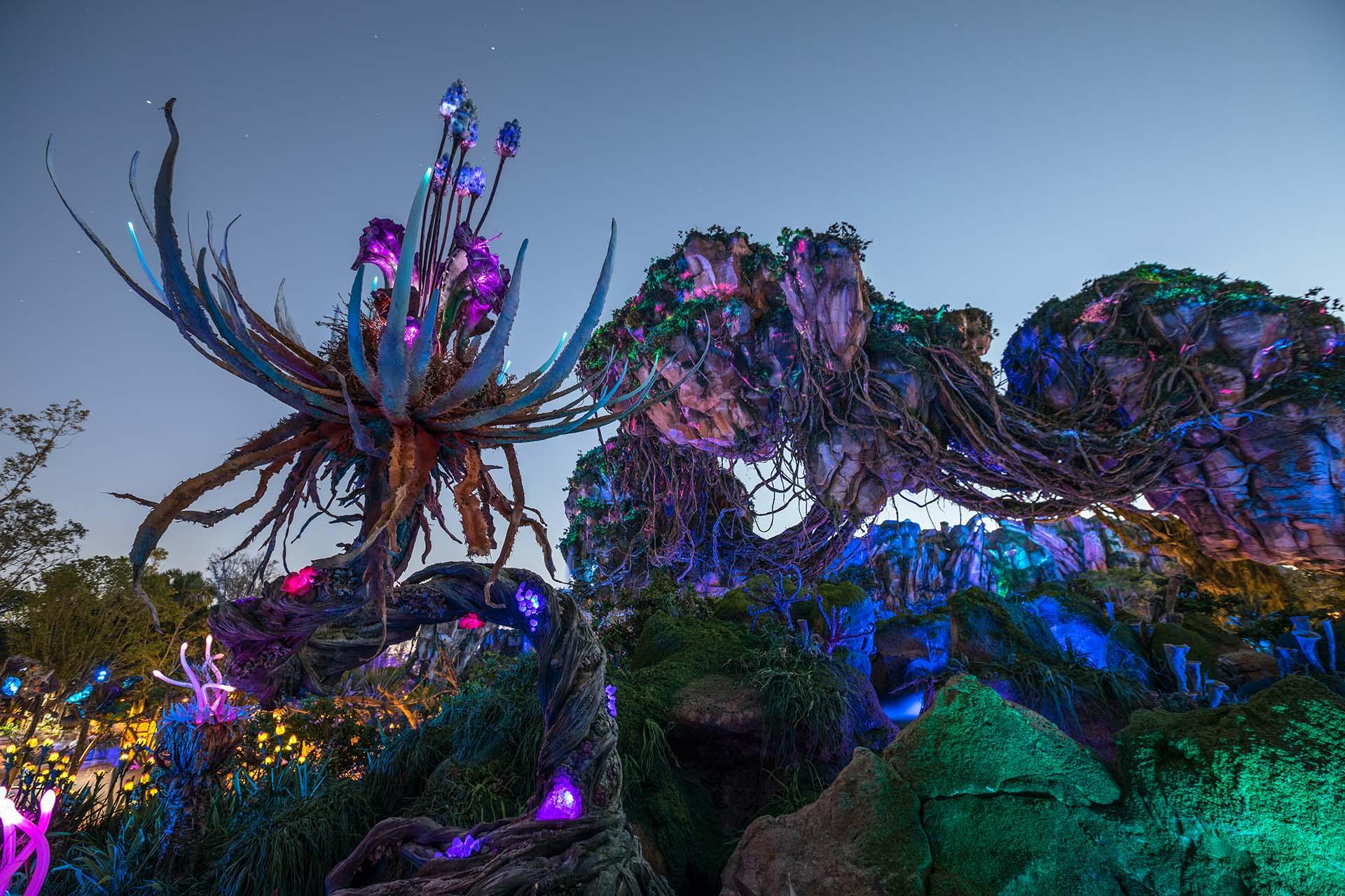 Cenário fantástico do Mundo de Pandora, no Disney's Animal Kingdom