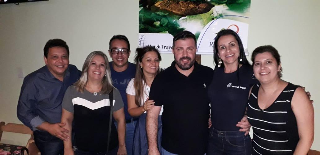 Júnior, da Frontur; Viviane, consultora de viagens; Geraldo , da Voyager Turismo; Kelly, da Experiencetur; Marcos, da Brisa Turismo, Alessandra, da Mundi Travel, e Taty, da Conexão