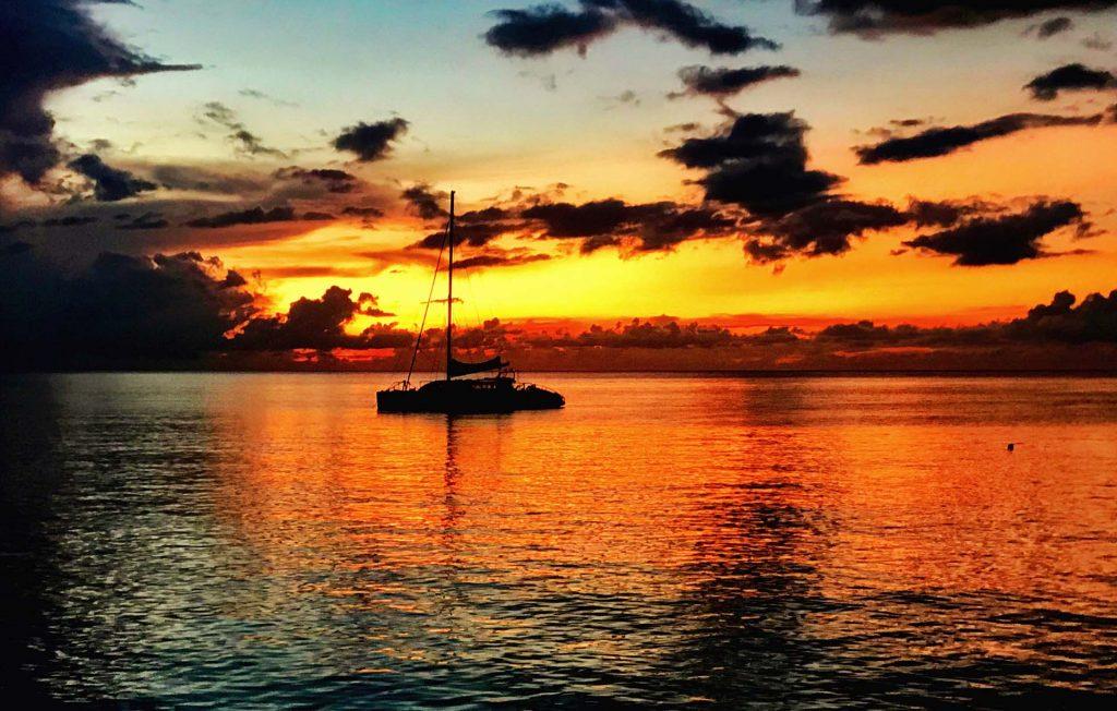 Montego Bay Catamarã