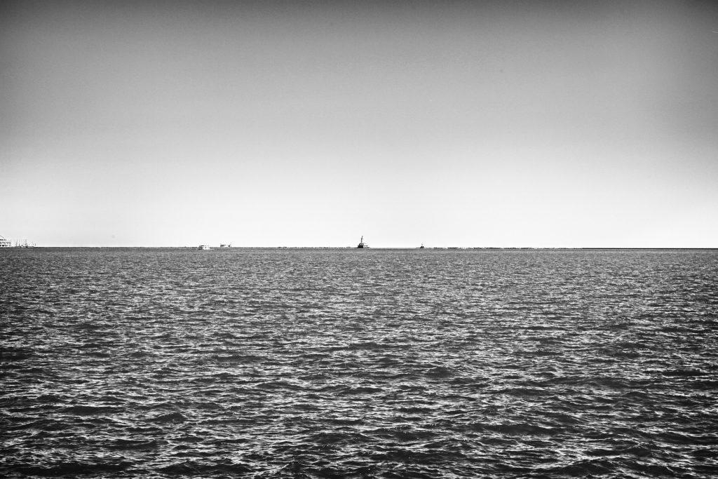 Oceano Mar Preto Branco