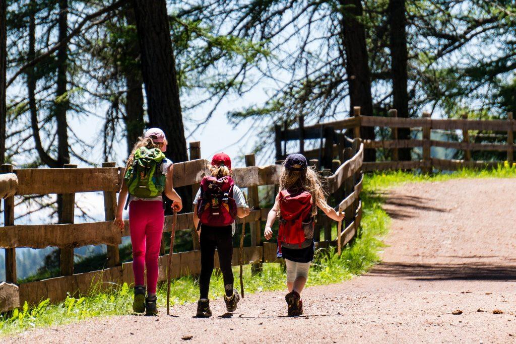 Venturas crianças viagem natureza