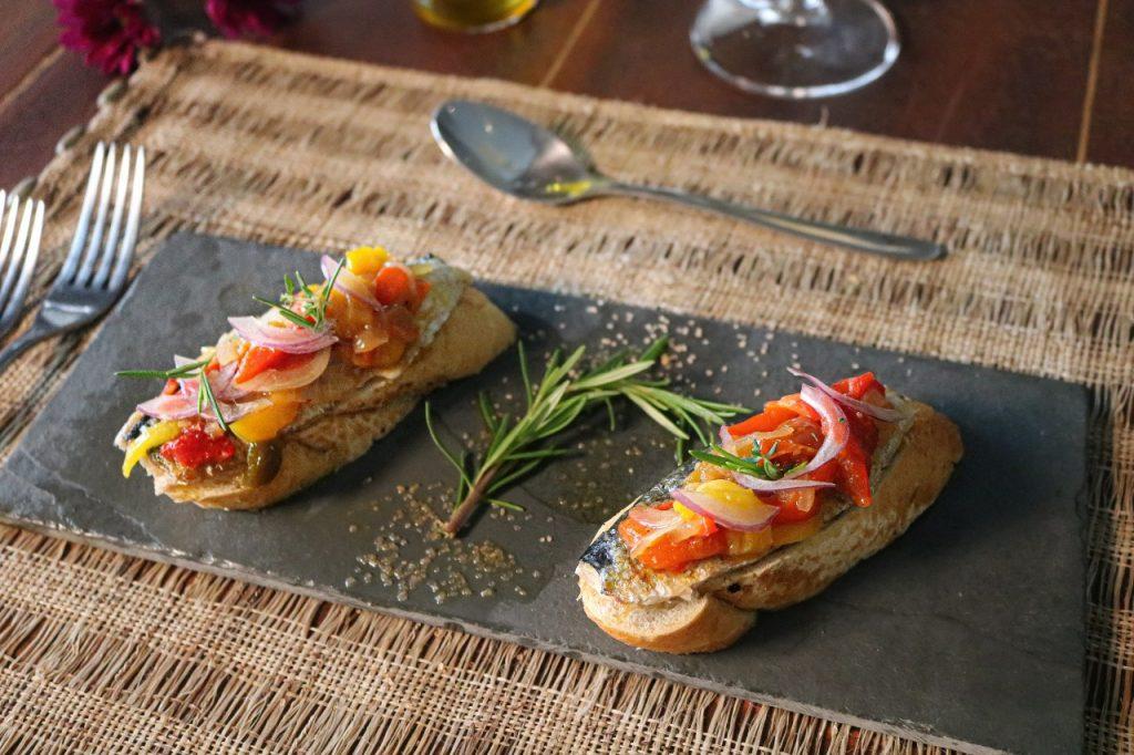 Tiborna de Sardinha Festival Gastronômico Esquina do Mundo