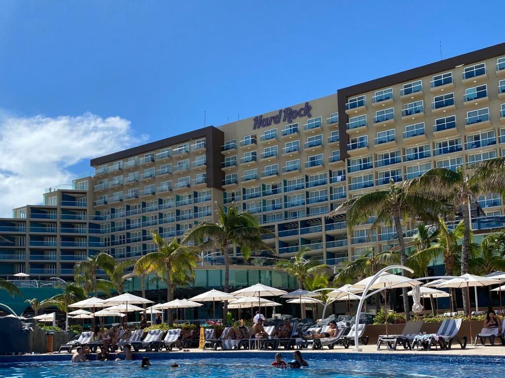 Hard Rock Hotel Cancun Piscina
